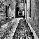 black alley by Simon Penrose