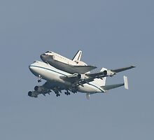 SHUTTLE ON 747 by BOBSARTWORK