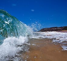 Forresters Beach Water Wall by Matt  Lauder