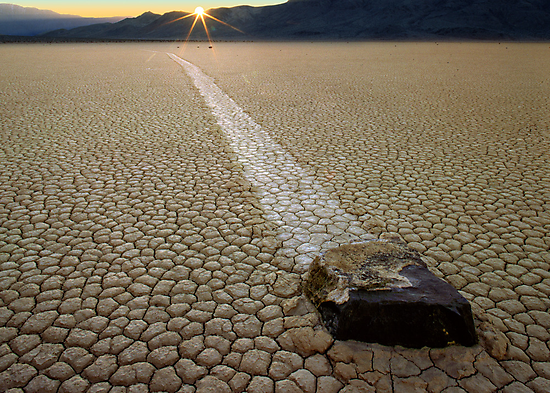 Racing Rock - Death Valley by Inge Johnsson