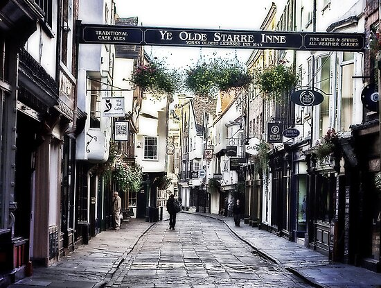 Stonegate - York by Trevor Kersley