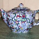 Ringtons Teapot 1930s (photo) by Woodie