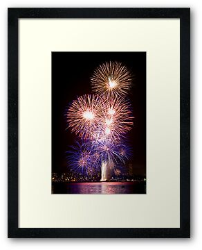 The First Bang - Sydney Harbour - New Years Eve - Midnight Fireworks by Bryan Freeman