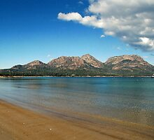 Freycinet National Park by rjpmcmahon
