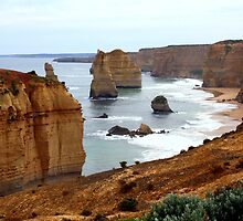 12 Apostles - Great Ocean Road by Leahannaz