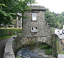 The Bridge House - Ambleside, Lake District by Jan Szymczuk