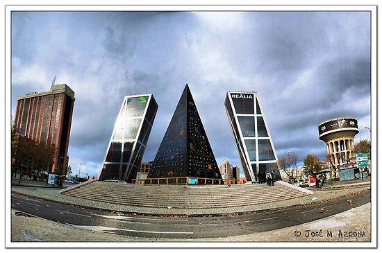 Madrid. Plaza de Castilla. by josemazcona
