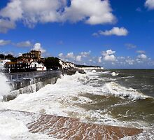 Broadstairs rough sea by dealien1