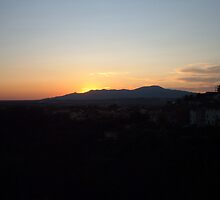 Tuscan sunset by AVNERD