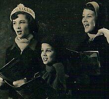 three sisters  caroling by rue2