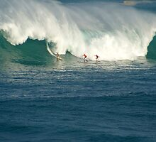 Waimea Bay Masters by kevin smith  skystudiohawaii
