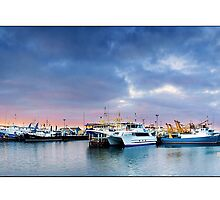 Fremantle Warf  by Kirk  Hille