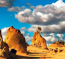 Wall of China Mungo NP Panorama by Darren68