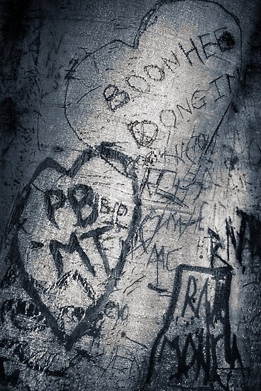 tree graffiti by ozzzywoman