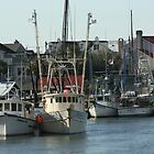 Trawlers on the Creek by bendandpeel