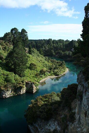 Waikato River, Taupo, New Zealand by Jade Thorby