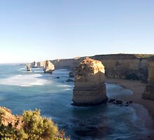 Apostles, Port Campbell National Park, Victoria by Darren Greenwell