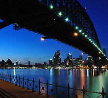 Sydney Harbour Bridge by zhivan
