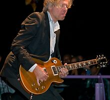 Smooth Jazz Guitarist Jeff Golub by Barb White