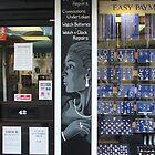 Jewellery Shop pillar by Bogus