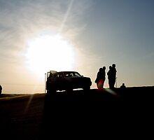 Desert Sillhouette - 4WD by hrmphotography