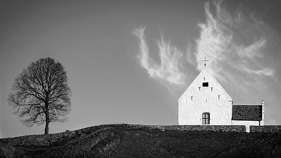 Souls depart - Saint Ibb´s church  by photosbycarl