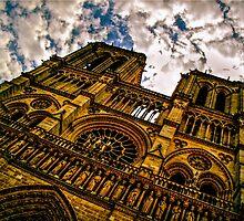Notre Dame de Paris Facade HDR by seanh