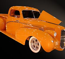 orange pickup by WildBillPho
