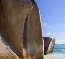 La Digue Rock by Walter Quirtmair