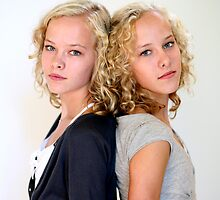 Young TwinS #10 by Peter Voerman