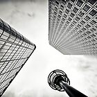 Canary Wharf | 02 by Frank Waechter