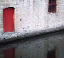 Canal Reflection, Brugges by Danielle  La Valle