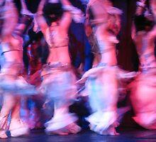 Dance crescendo by Roi  Brooks