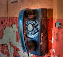 Hot Line by njordphoto