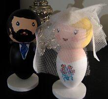 Little We Wedding Dolls by Suzi Linden