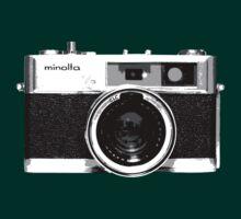 Minolta 7s Rangefinder by owmyhands