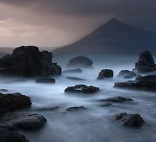 Mystery of the Cuillin by Peter Gallagher