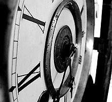 Grandfather Clock by klobofosho