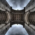 Arc De Triomphe by shutterjunkie