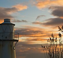 East Usk Lighthouse by Steve  Liptrot