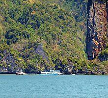 Aproching James Bond Island by Janone