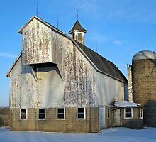 barn in winter by Lynne Prestebak