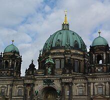 Berliner Dom by Lorraine Bratis