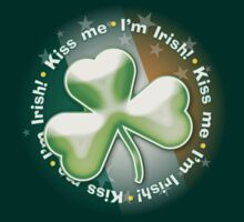 Eerie shamrock: Kiss me - I'm Irish! by houk