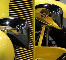 DuPont Cars by brucecasale