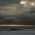 Sunset  at  Costa Caparica by BaZZuKa