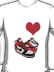 I heart dunks! T-Shirt