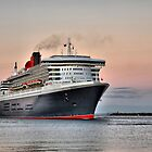 Queen Mary 2 by JaninesWorld