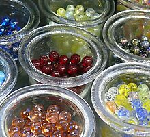 glas marbles container by Christian Rutz