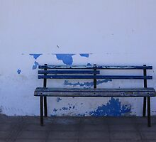 blue bench by jomaot